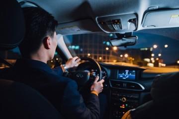 网约车司机回家春节渠道该提价留人?